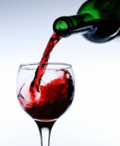 red_wine_in_glass_2